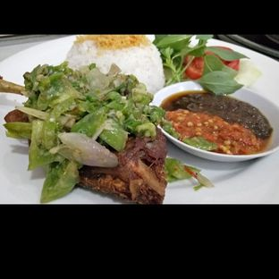 Foto - Makanan di Bebek Bentu oleh Asih Soraya
