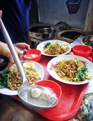 Foto 8 - Makanan di Bakmi Bangka Rosela 77 oleh Nanakoot