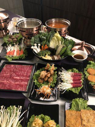 Foto 3 - Makanan di The Royal Pot oleh Nanakoot