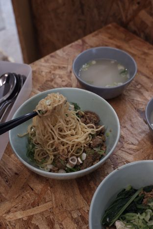 Foto 3 - Makanan di Kedai BuruBuru Bakmi dan Kopi oleh Della Ayu