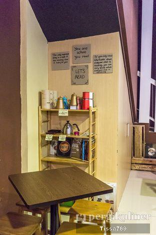 Foto 5 - Interior di Logika Coffee oleh Tissa Kemala