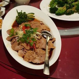Foto 1 - Makanan di Teratai Restaurant - Hotel Borobudur oleh liviacwijaya