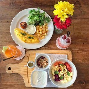 Foto 1 - Makanan di Loewy oleh Pengembara Rasa