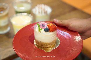 Foto 3 - Makanan(Cheese Cake) di Two Cents oleh @kulineran_aja