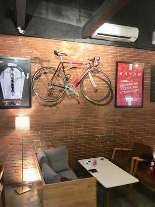 Foto 4 - Interior di Kayuh Clubhouse oleh Prido ZH