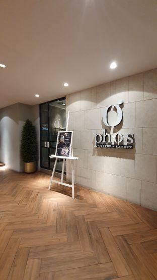 Foto 6 - Interior di Phos Coffee & Eatery oleh Naomi Suryabudhi