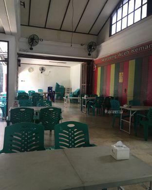 Foto 8 - Interior di Waroeng Aceh Kemang oleh Santap Bertiga
