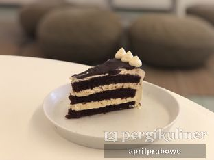 Foto 2 - Makanan(Baileys Cake) di Samakamu Kopi oleh Cubi