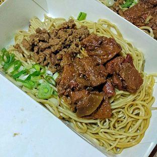 Foto 3 - Makanan(Mie Campur) di Bakmie Aloi oleh duocicip