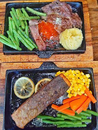Foto review Steak On Top oleh duocicip  30