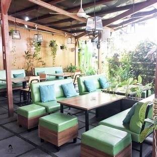 Foto 5 - Interior di Expatriate Restaurant oleh Marisa Aryani
