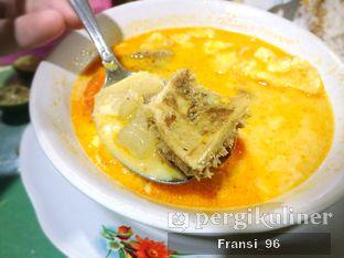 Foto 1 - Makanan di Soto Kaki Sapi Bang Mamat oleh Fransiscus