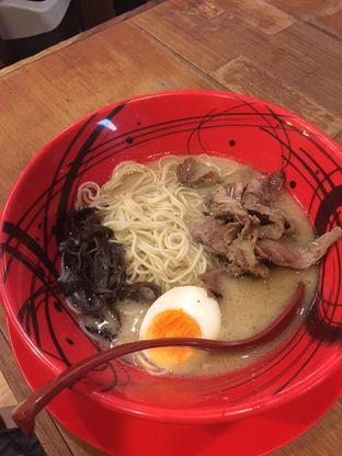 Foto 2 - Makanan di Universal Noodle Ichiro Ramen Market oleh Bread and Butter