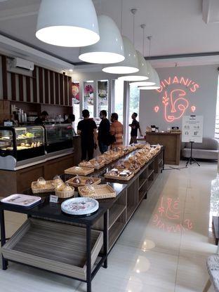 Foto 22 - Interior di Divani's Boulangerie & Cafe oleh Prido ZH