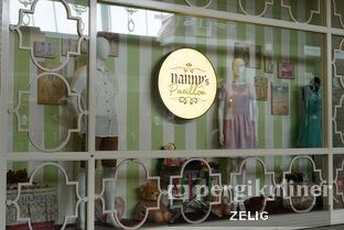 Foto 3 - Interior di Nanny's Pavillon oleh @teddyzelig