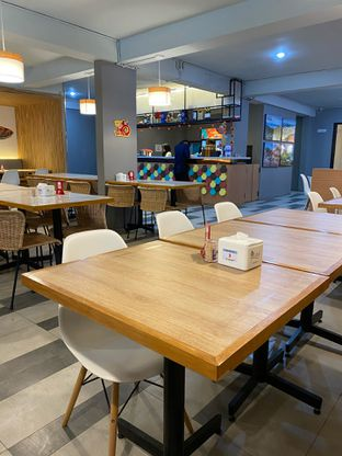 Foto 20 - Interior di Rezeki Seafood oleh Levina JV (IG : @levina_eat & @levinajv)