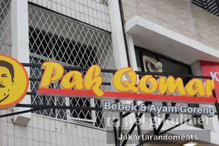 Foto 5 - Eksterior di Pak Qomar - Bebek & Ayam Goreng oleh Jakartarandomeats