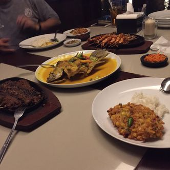 Foto Makanan di Talaga Sampireun