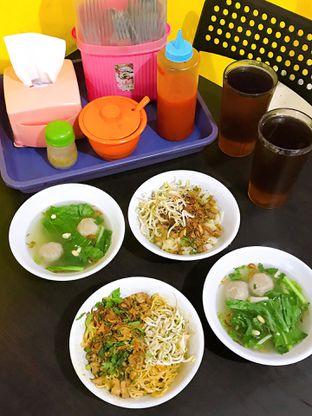 Foto 15 - Makanan di Istana Mie Ayam oleh yudistira ishak abrar