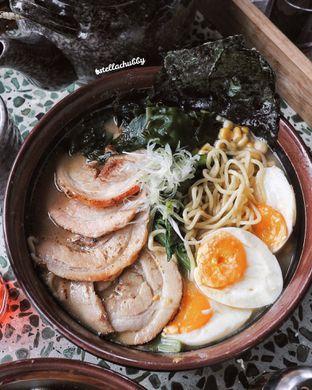 Foto - Makanan(Tonkotsu Ramen) di Chin Ma Ya oleh Stellachubby