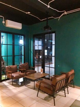 Foto 15 - Interior di Edisan Coffee oleh yudistira ishak abrar