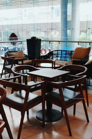 Foto 5 - Interior di Caribou Coffee oleh Indra Mulia