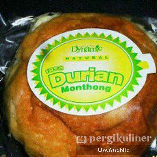 Foto 3 - Makanan(soes durian) di Dynamic oleh UrsAndNic