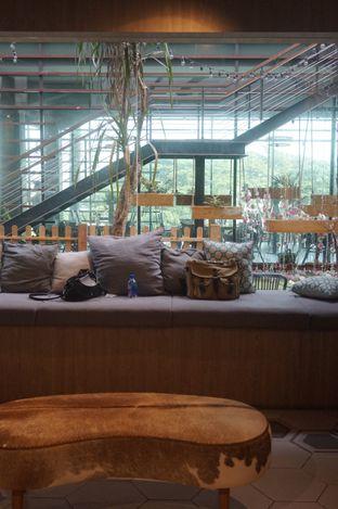 Foto 24 - Interior di Hygge Coffee oleh yudistira ishak abrar