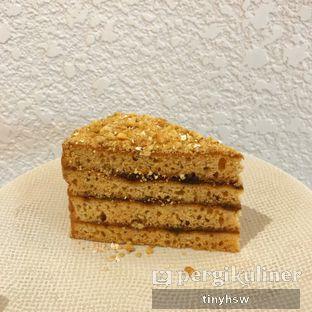 Foto 3 - Makanan(honey cake) di Fedwell oleh Tiny HSW. IG : @tinyfoodjournal