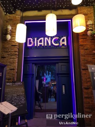 Foto 10 - Interior di Bianca Cocktail House & Dining Room oleh UrsAndNic
