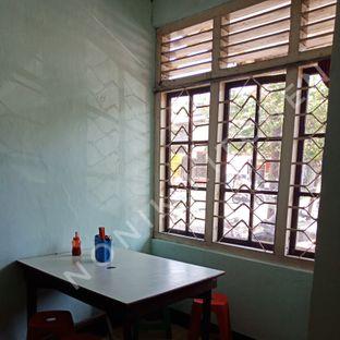 Foto 6 - Interior di Mie Keriting Sri Horas oleh Fensi Safan