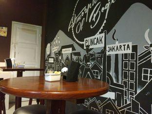 Foto review Kettle Coffee Shop & Eatery oleh Harya Danniswara 2