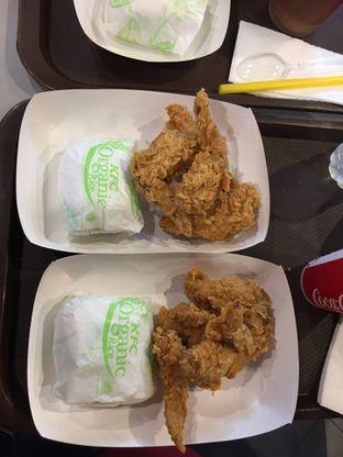 Foto 5 - Makanan di KFC oleh Yohanacandra (@kulinerkapandiet)