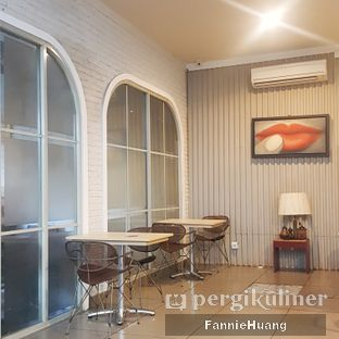 Foto 5 - Interior di Trafique Coffee oleh Fannie Huang||@fannie599