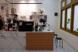 Foto 18 - Interior di Saksama Coffee oleh yudistira ishak abrar