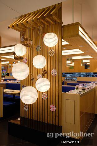 Foto 5 - Interior di Sushi King oleh Darsehsri Handayani