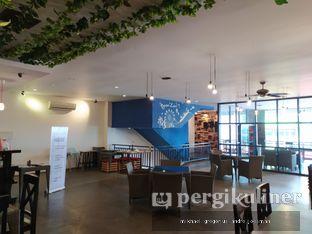 Foto 9 - Interior di Cyrano Cafe oleh Andre Joesman