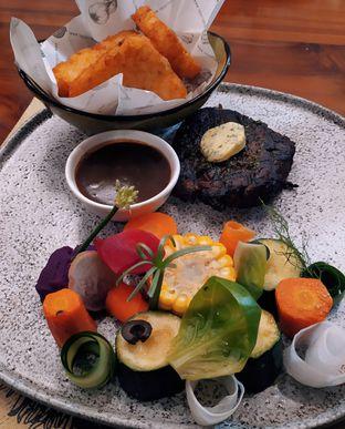 Foto 4 - Makanan di Cutt & Grill oleh Ro vy