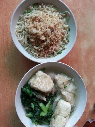 Foto 2 - Makanan di Mie Baso Akung oleh Safira Nabila Fitri
