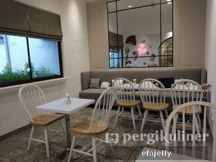 Foto 4 - Interior di St. Claire Patisserie oleh efa yuliwati