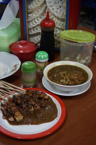 Foto 12 - Makanan di Warung Sate Tongseng Pak Naryo Solo oleh yudistira ishak abrar