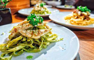 Foto 6 - Makanan di Opiopio Cafe oleh Astrid Huang | @biteandbrew