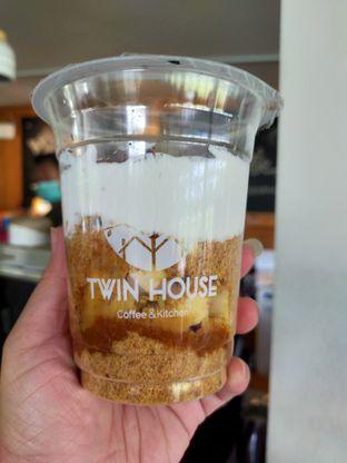 Foto 6 - Makanan(Banoffee pie) di Twin House oleh Komentator Isenk