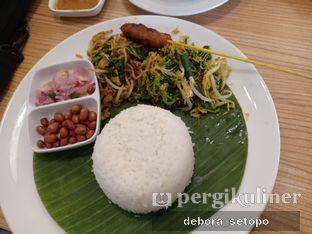 Foto 4 - Makanan di Bale Lombok oleh Debora Setopo