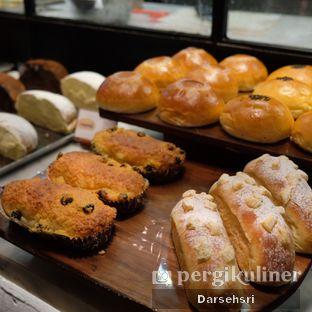 Foto 2 - Makanan di Francis Artisan Bakery oleh Darsehsri Handayani