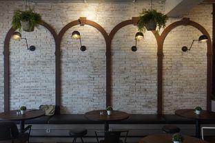 Foto 11 - Interior di Compagnie Koffie oleh yudistira ishak abrar