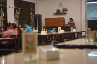 Foto 5 - Interior di Jumbo Eatery oleh Fadhlur Rohman