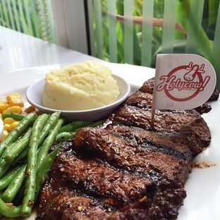 Foto review Holycow! STEAKHOUSE by Chef Afit oleh Eka M. Lestari 1