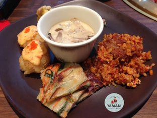 Foto 2 - Makanan di Shaburi & Kintan Buffet oleh awakmutukangmakan