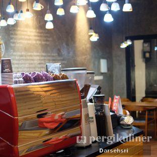 Foto 6 - Interior di Cerita Kopi oleh Darsehsri Handayani